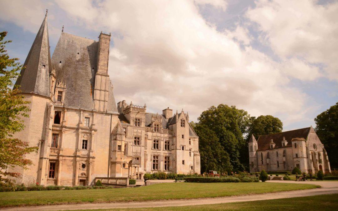Fontaine-Henry Castle, a Norman castle that moves